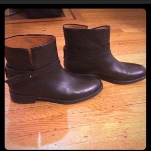 Madewell Black Leather Booties 9.5